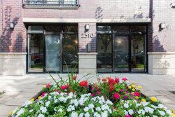 Photo of 2310 W Nelson Street, Unit Number 301, CHICAGO, IL 60618 (MLS # 10106990)