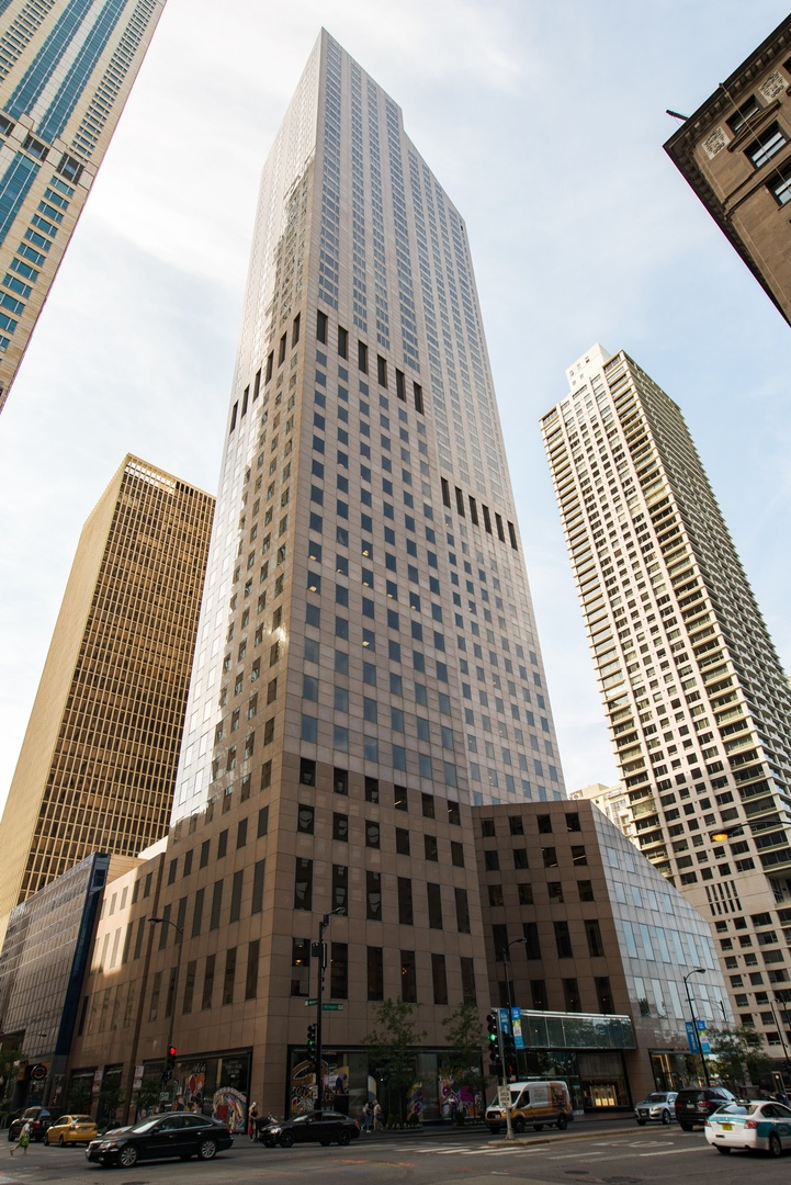 Photo for 950 N Michigan Avenue, Unit Number 4904, CHICAGO, IL 60611 (MLS # 10107160)