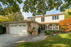 Photo of 6410 Beckwith Road, MORTON GROVE, IL 60053 (MLS # 10108637)