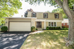 Photo of 1021 White Mountain Drive, NORTHBROOK, IL 60062 (MLS # 10109159)
