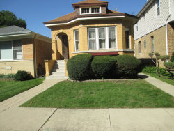 Photo of 6416 N Oxford Avenue, CHICAGO, IL 60631 (MLS # 10112148)