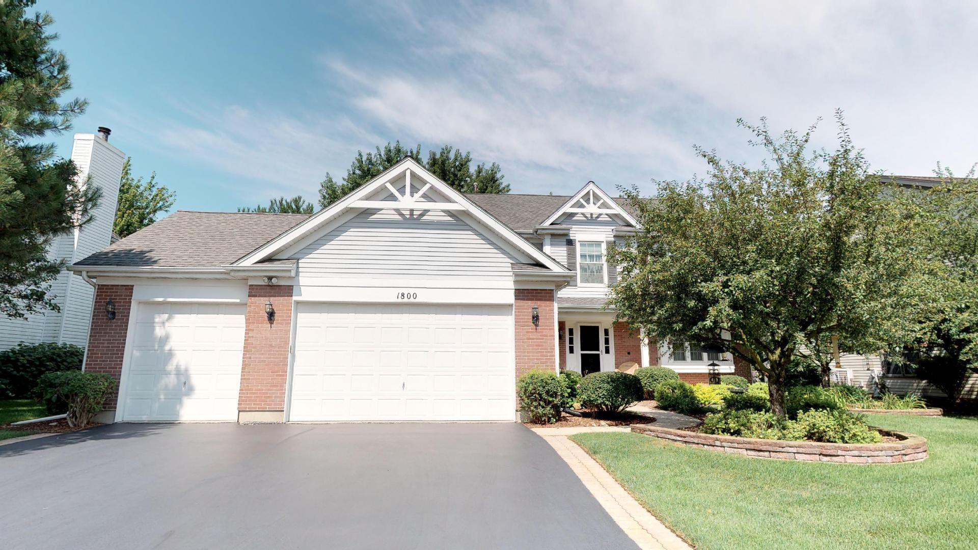Photo for 1800 Haverford Drive, ALGONQUIN, IL 60102 (MLS # 10123746)