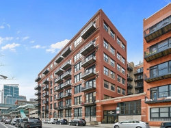 Photo of 226 N Clinton Street, Unit Number 716, CHICAGO, IL 60661 (MLS # 10136630)