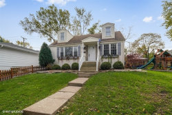 Photo of 818 W Hinsdale Avenue, HINSDALE, IL 60521 (MLS # 10144758)