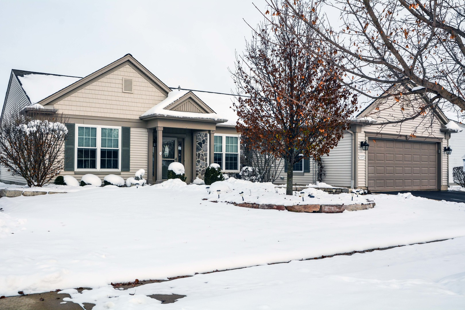 Photo for 14092 Viola Place, HUNTLEY, IL 60142 (MLS # 10146884)