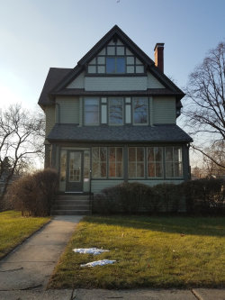 Photo of 4700 Highland Avenue, DOWNERS GROVE, IL 60515 (MLS # 10152234)