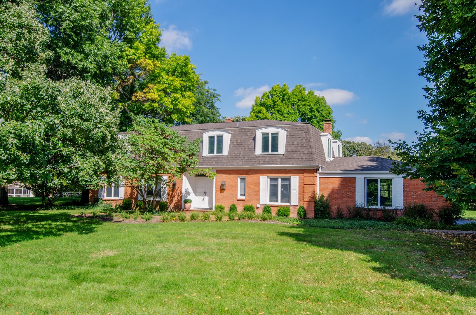 Photo for 35W016 Frontenac Drive, DUNDEE, IL 60118 (MLS # 10153929)