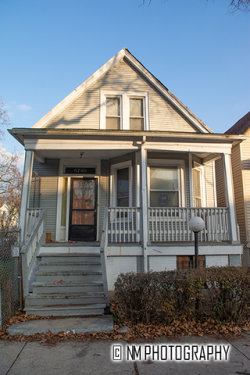 Photo of 6745 S Throop Street, CHICAGO, IL 60636 (MLS # 10154487)