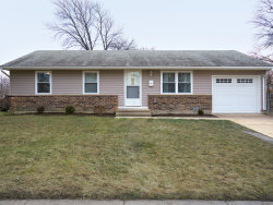 Photo of 719 Lacy Avenue, STREAMWOOD, IL 60107 (MLS # 10155529)