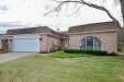 Photo of 302 Buckthorn Circle, NORTHBROOK, IL 60062 (MLS # 10157251)