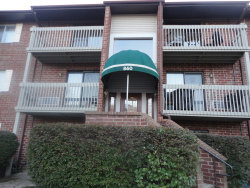 Photo of 860 N Lakeside Drive, Unit Number 1B, VERNON HILLS, IL 60061 (MLS # 10165045)