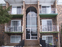 Photo of 1611 N Windsor Drive, Unit Number 208, ARLINGTON HEIGHTS, IL 60004 (MLS # 10252439)