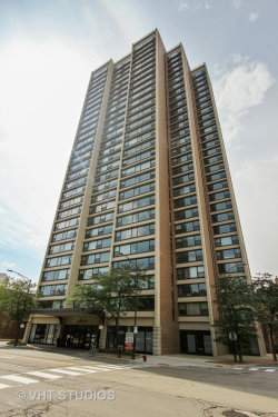 Photo of 1850 N Clark Street, Unit Number 2201, CHICAGO, IL 60614 (MLS # 10252639)