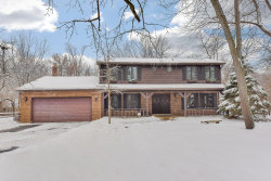Photo of 28W210 Hillview Avenue, WEST CHICAGO, IL 60185 (MLS # 10257577)