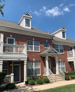 Photo of 427 Commons Circle, Unit Number 0, CLARENDON HILLS, IL 60514 (MLS # 10259209)