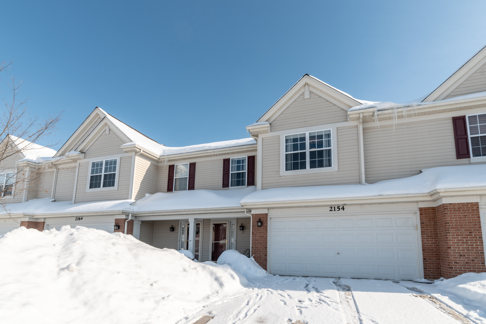 Photo for 2154 Daybreak Drive, LAKE IN THE HILLS, IL 60156 (MLS # 10265833)