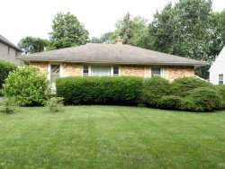 Photo of 250 Middaugh Road, CLARENDON HILLS, IL 60514 (MLS # 10266443)