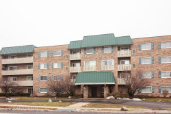 Photo of 675 Grove Drive, Unit Number 413, ELK GROVE VILLAGE, IL 60007 (MLS # 10267325)