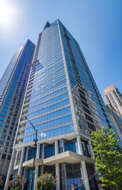 Photo of 600 N Lake Shore Drive, Unit Number 4208, CHICAGO, IL 60611 (MLS # 10272491)