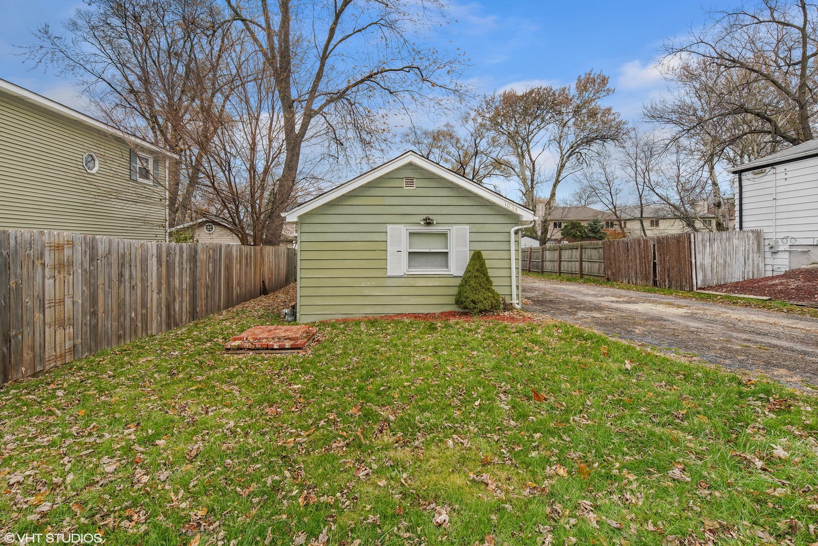 Photo for 1034 Norfolk Street, DOWNERS GROVE, IL 60516 (MLS # 10300918)