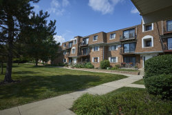 Photo of 4102 Cove Lane, Unit Number F, GLENVIEW, IL 60025 (MLS # 10308307)