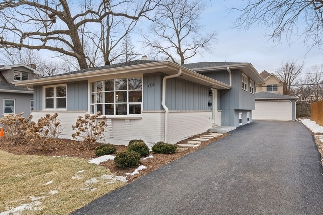 Photo for 4736 Middaugh Avenue, DOWNERS GROVE, IL 60515 (MLS # 10308846)