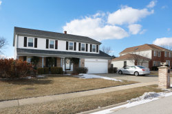 Photo of 408 Springwood Drive, ROSELLE, IL 60172 (MLS # 10317404)
