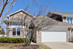 Photo of 52 Woodstone Court, BUFFALO GROVE, IL 60089 (MLS # 10317583)