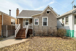 Photo of 3228 N Oriole Avenue, CHICAGO, IL 60634 (MLS # 10317945)