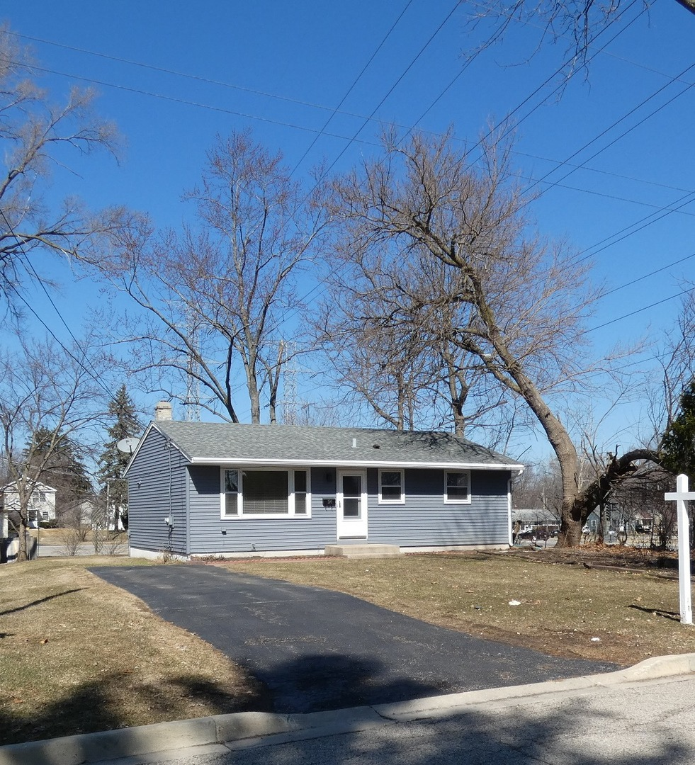 Photo for 154 Ross Avenue, CARY, IL 60013 (MLS # 10318485)