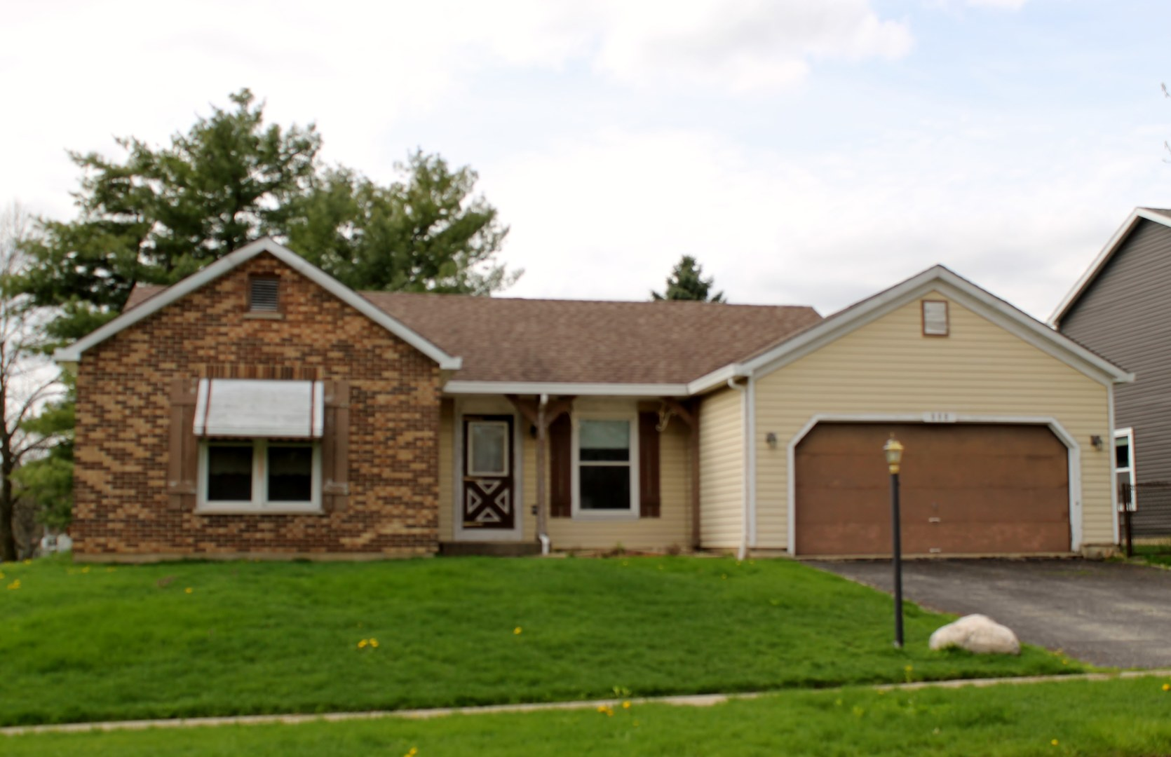 Photo for 808 Brentwood Drive, CARY, IL 60013 (MLS # 10327803)