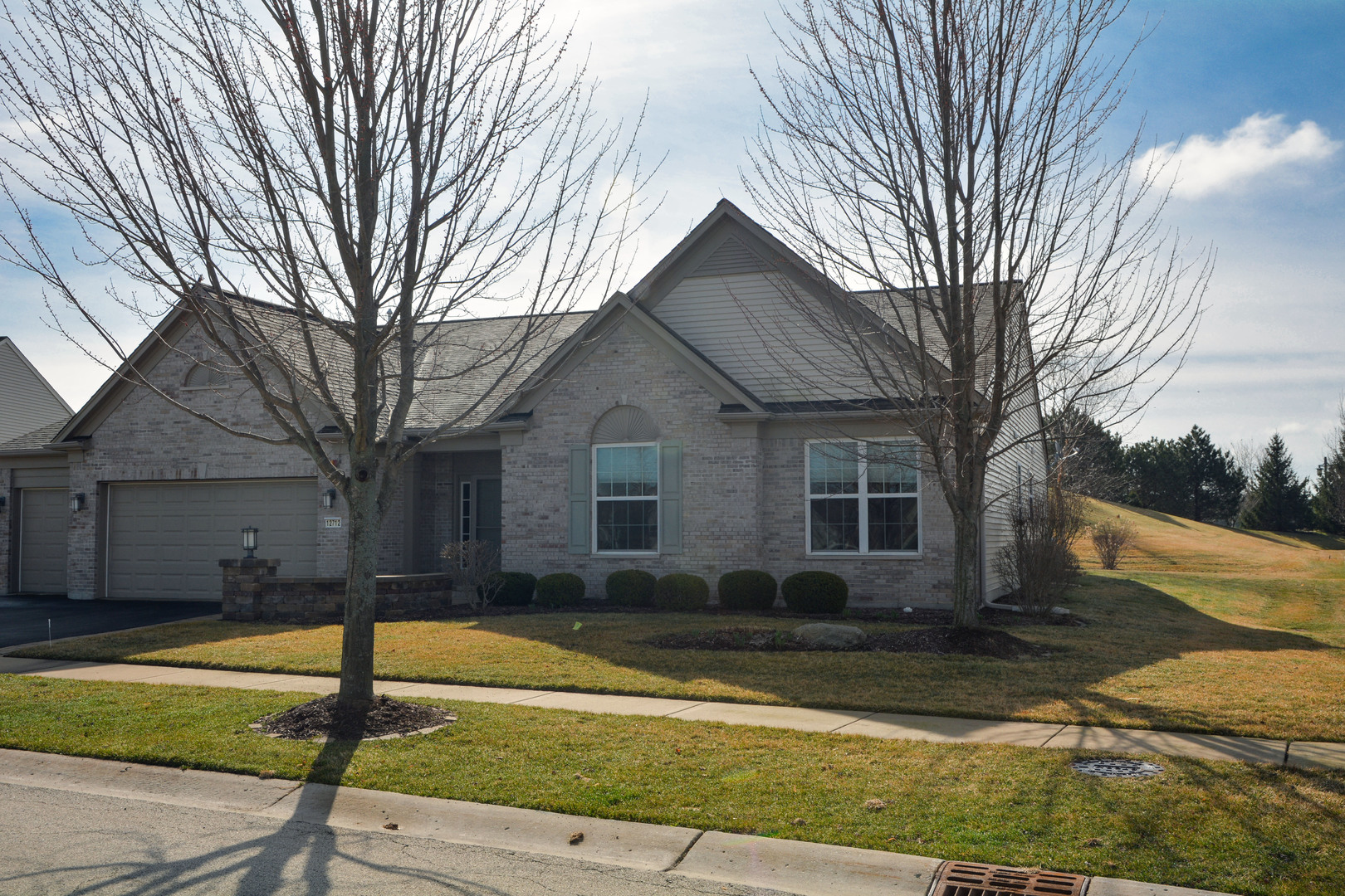 Photo for 12712 Bluebell Avenue, HUNTLEY, IL 60142 (MLS # 10336609)