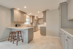 Tiny photo for 809 Oxford Street, DOWNERS GROVE, IL 60516 (MLS # 10340282)