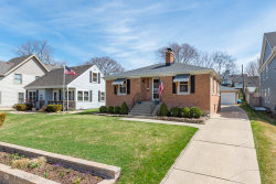 Photo of 4429 Stanley Avenue, DOWNERS GROVE, IL 60515 (MLS # 10351211)