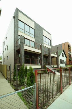 Photo of 2448 W Thomas Street, Unit Number 2, CHICAGO, IL 60622 (MLS # 10353349)