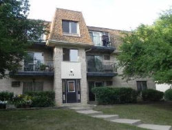 Photo of 226 Shorewood Drive, Unit Number 2B, GLENDALE HEIGHTS, IL 60139 (MLS # 10378357)