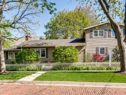 Photo of 4837 Middaugh Avenue, DOWNERS GROVE, IL 60515 (MLS # 10379873)