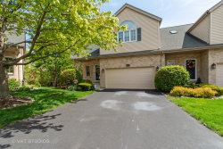 Photo of 601 Charlemagne Circle, ROSELLE, IL 60172 (MLS # 10383443)
