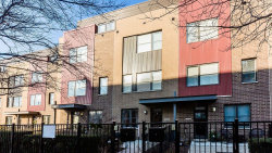 Photo of 606 W 16th Street, CHICAGO, IL 60616 (MLS # 10384622)
