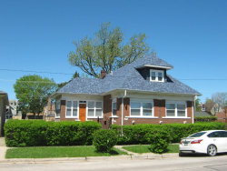 Photo of 2856 N Mont Clare Avenue, CHICAGO, IL 60634 (MLS # 10388710)