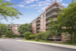 Photo of 509 Aurora Avenue, Unit Number 618, NAPERVILLE, IL 60540 (MLS # 10389540)