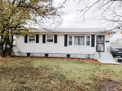 Photo of 17300 64th Court, TINLEY PARK, IL 60477 (MLS # 10393310)
