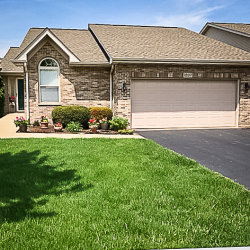 Photo of 1207 Hathaway Drive, SYCAMORE, IL 60178 (MLS # 10405868)