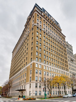Photo of 3500 N Lake Shore Drive, Unit Number 11D, CHICAGO, IL 60657 (MLS # 10416831)