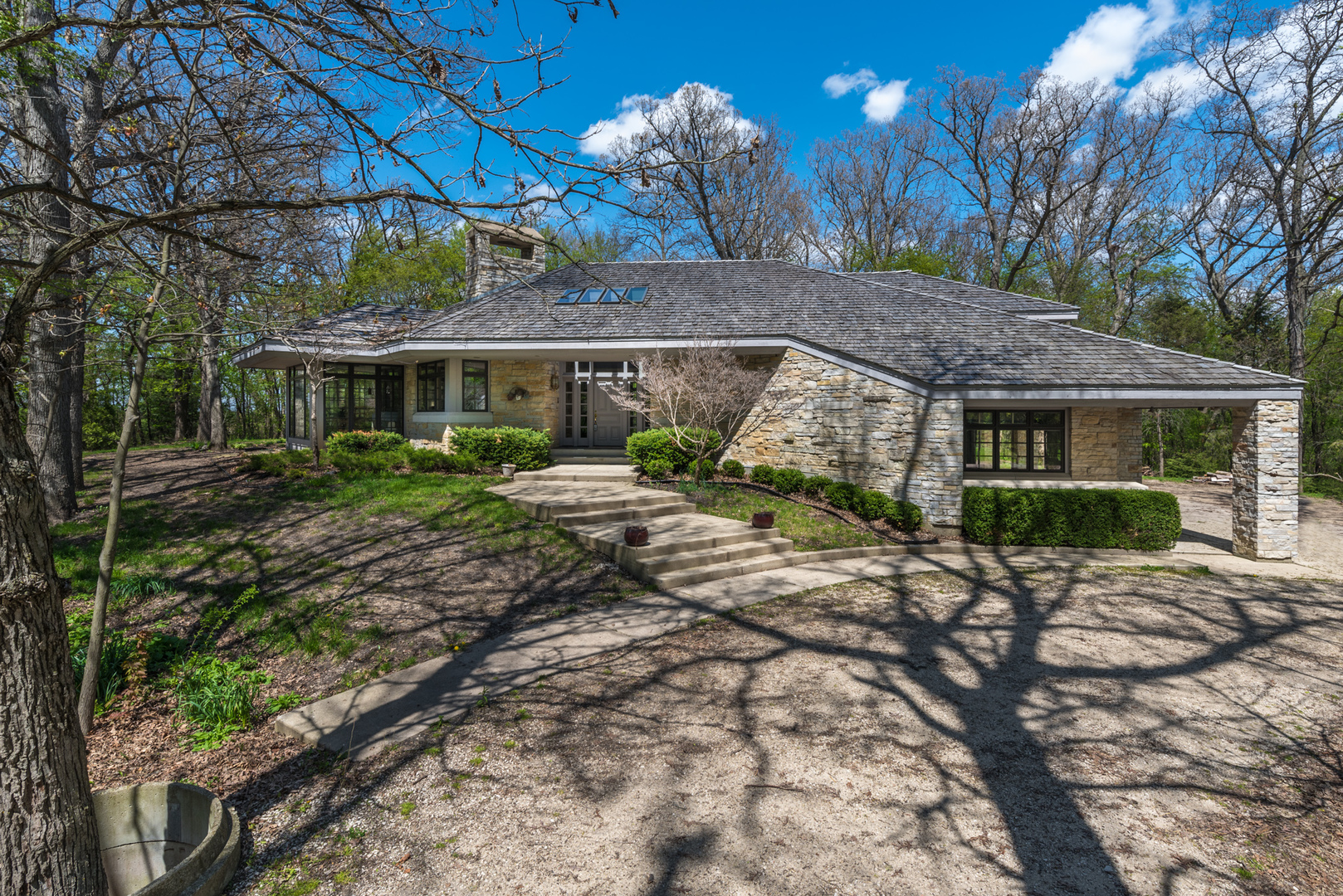 Photo for 14N385 Engel Road, Hampshire, IL 60140 (MLS # 10418406)