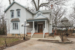 Photo of 110 W Oneida Avenue, BARTLETT, IL 60103 (MLS # 10449356)