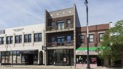 Photo of 4806 N Milwaukee Avenue, Unit Number 2E, CHICAGO, IL 60630 (MLS # 10450738)
