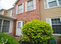 Photo of 15 Sommerset Lane, LINCOLNSHIRE, IL 60069 (MLS # 10451092)