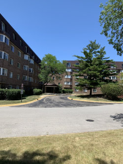 Photo of 220 S Roselle Road, Unit Number 120, SCHAUMBURG, IL 60193 (MLS # 10452576)