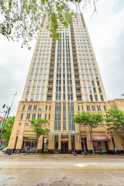 Photo of 1250 S Michigan Avenue, Unit Number 1405, CHICAGO, IL 60605 (MLS # 10453447)